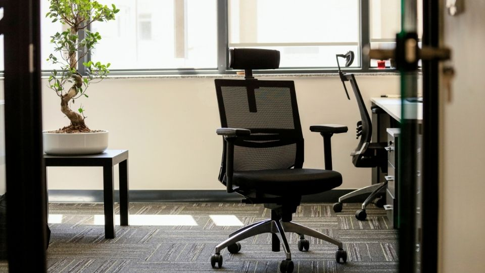 Does Your Office Chair Need an Armrest?
