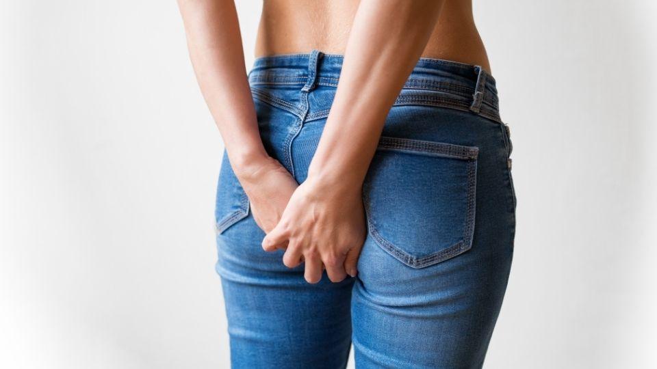 buttocks pain when sitting