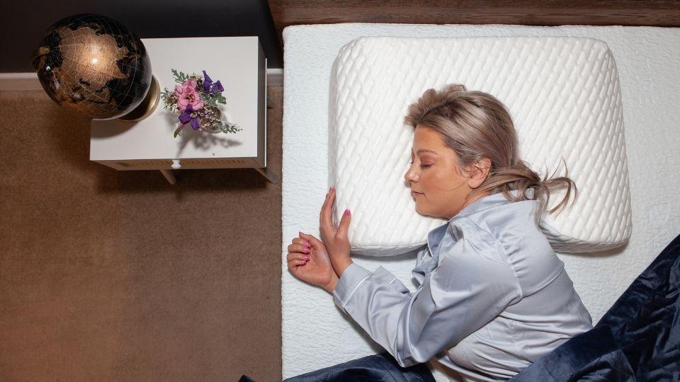 sleeping correct to avoid shoulder pain