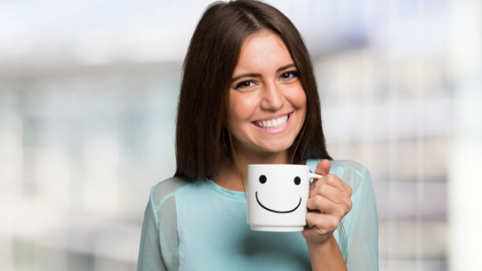 improving facial posture with smiling